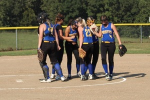 Lady Pirates Softball Opens the Fall Season with Win