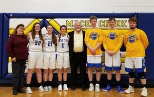Macks Creek Recognizes 2021 Basketball Seniors