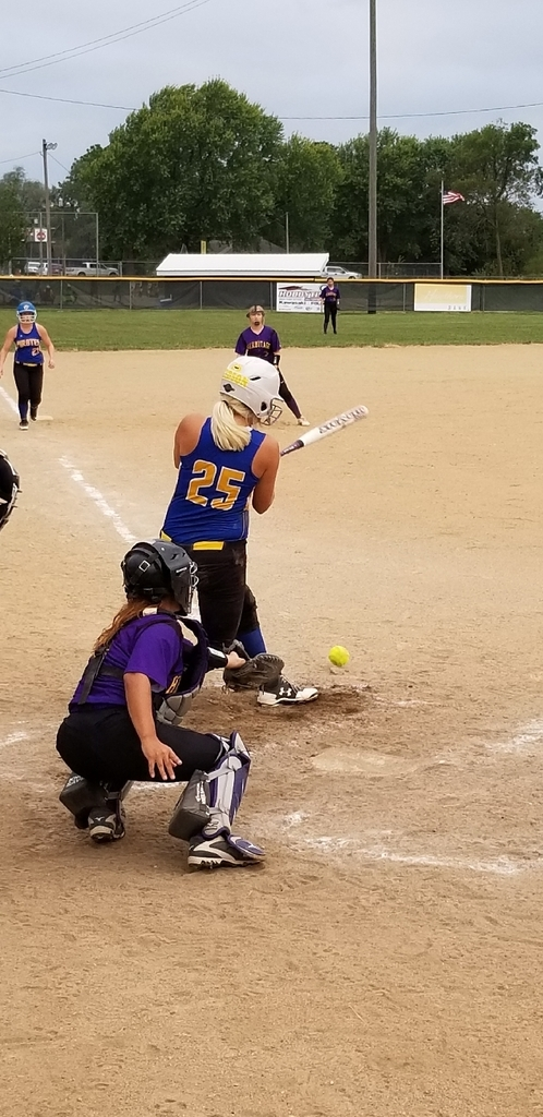 Caytlin Eidson at bat...